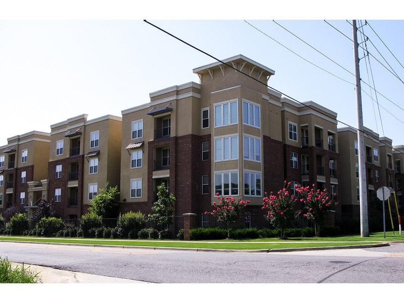 The Crimson Apartments image 3