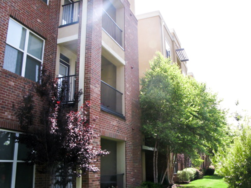 The Crimson Apartments image 2