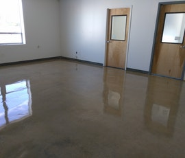 Storage unit flooring 2 (thumbnail)