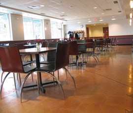 The cafeteria at this grocer chose a decorative polished concrete floor for its aesthetic value and easy maintenance. (thumbnail)
