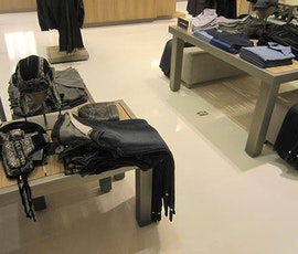 Perri Ellis clothing displays on an attractive resurfaced concrete floor by Duraamen. (thumbnail)