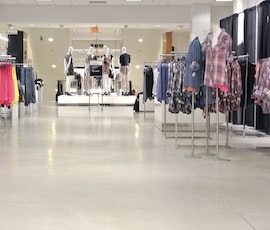 This Short Hills, NJ Bloomingdale's department store had Düraamen self-leveling concrete flooring installed to help maintain their brand's high-end look and feel. (thumbnail)