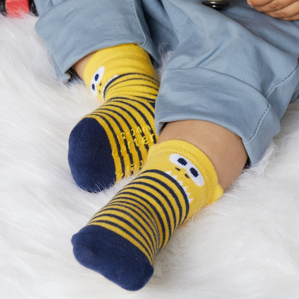 699441a8d toddler boys socks  Goldbug