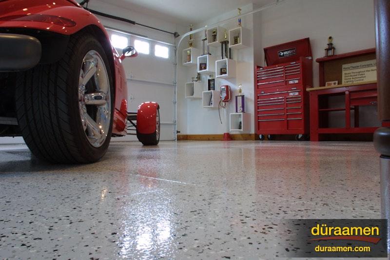 Hot Rod Flooring : Retro garage duraamen